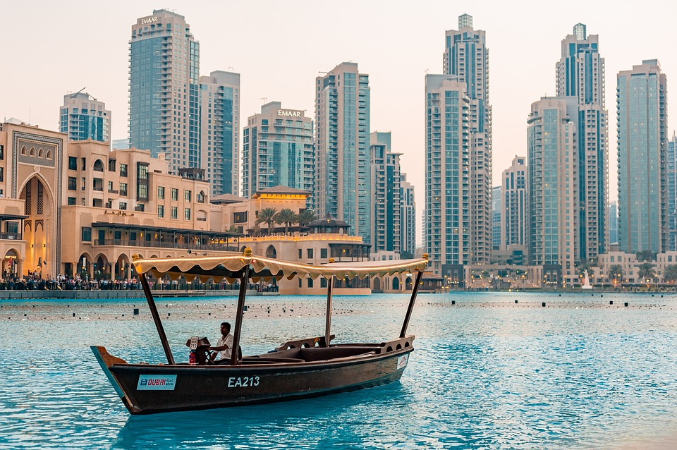 Day 1: Arrival in Dubai + Dhow Cruise